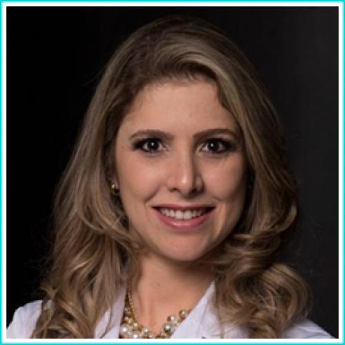 Dra. Camila Caires